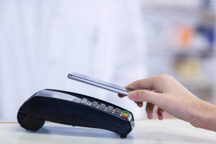 A look into how many Aussies are using contactless payments